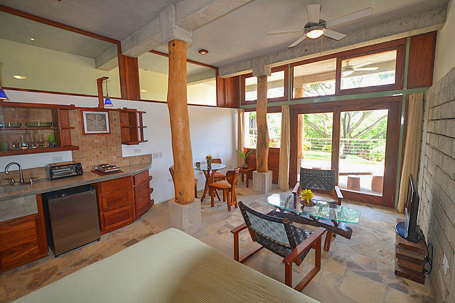http://property-nicaragua.com/pedrodev/wp-content/uploads/2012/06/36_talanguera_townhomes_studio_southeast.jpg
