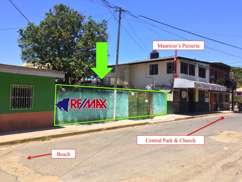Commercial Property in Town