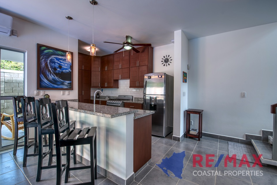 http://property-nicaragua.com/pedrodev/wp-content/uploads/2019/05/REMAX-Coastal-Properties-Townhomes-Miramar1.12.jpg