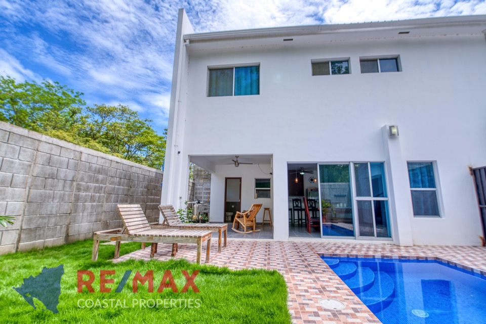 http://property-nicaragua.com/pedrodev/wp-content/uploads/2019/05/REMAX-Coastal-Properties-Townhomes-Miramar1.18.jpg