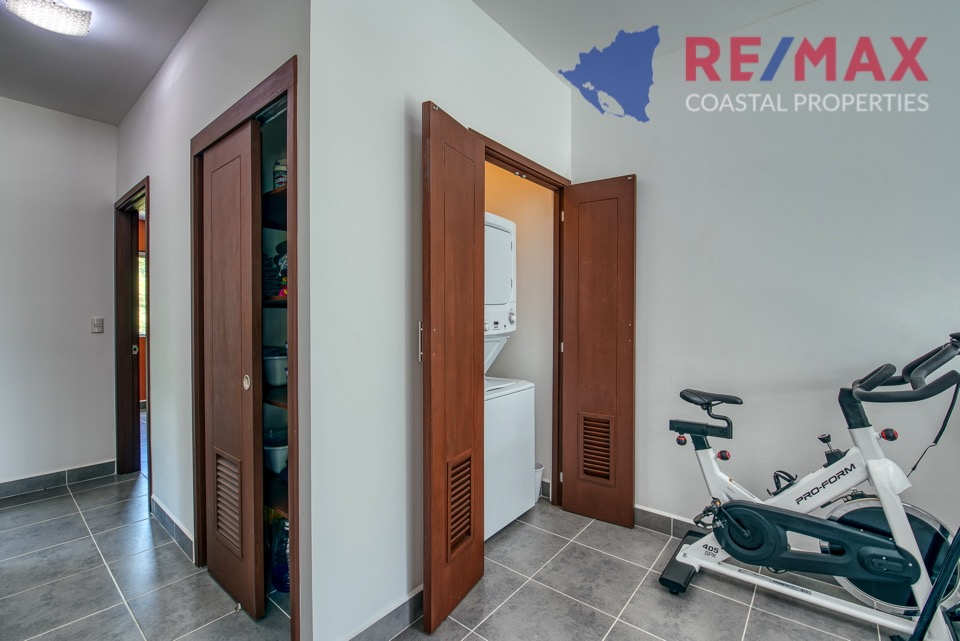 http://property-nicaragua.com/pedrodev/wp-content/uploads/2019/05/REMAX-Coastal-Properties-Townhomes-Miramar1.4.jpg