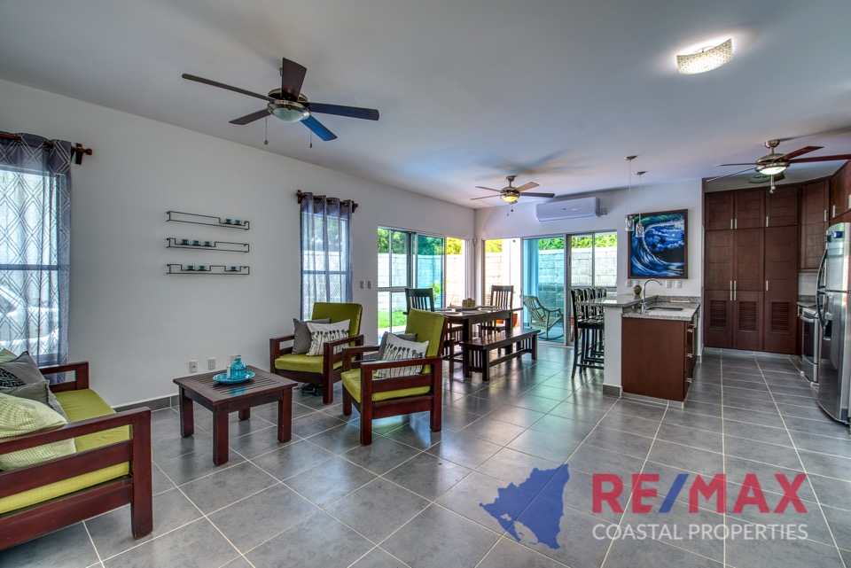 http://property-nicaragua.com/pedrodev/wp-content/uploads/2019/05/REMAX-Coastal-Properties-Townhomes-Miramar1.9.jpg
