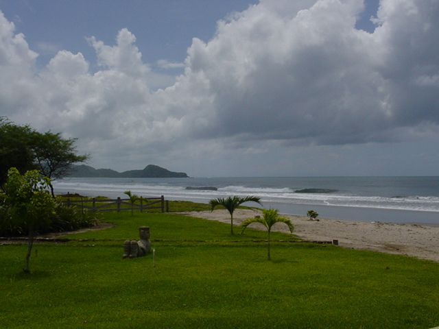 http://property-nicaragua.com/wp/wp-content/uploads/2012/08/Clubhouse-South-View-1.jpg