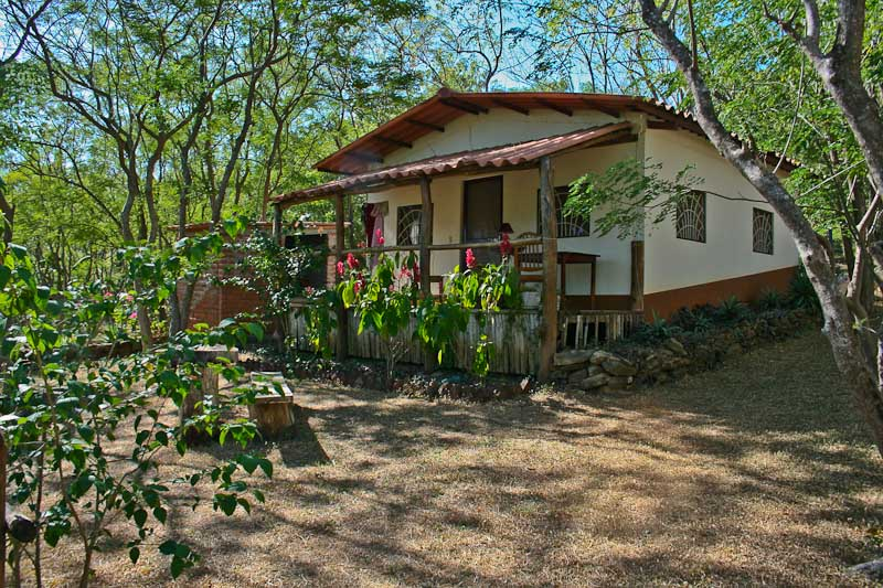 http://property-nicaragua.com/wp/wp-content/uploads/2012/12/Marsella-Valley-18.jpg