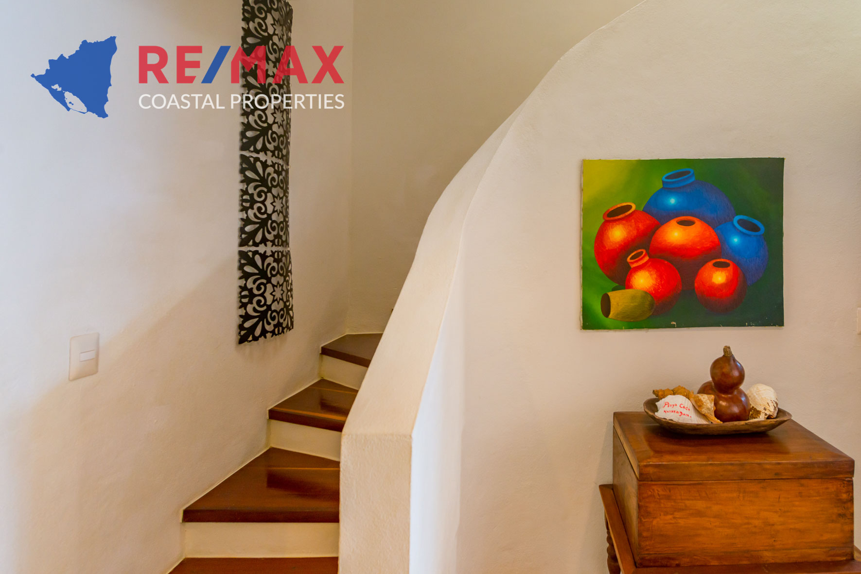 https://property-nicaragua.com/pedrodev/wp-content/uploads/2012/06/Playa-Coco-Townhome-2-REMAX-Coastal-Properties-17.jpg